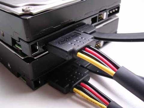 SATA schijven met connectors