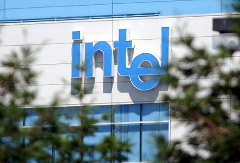 Intel-logo op gebouw
