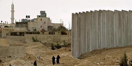 Veiligheidsmuur gebouwd door Israël