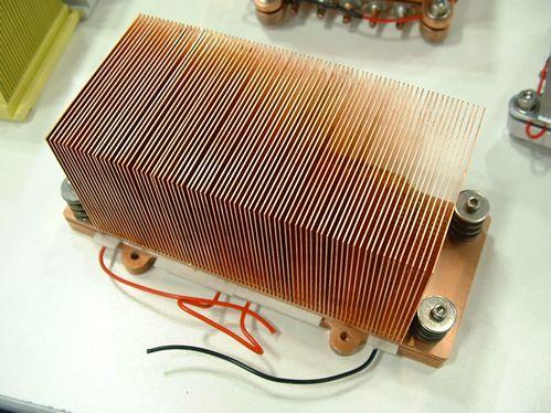 Montecito heatsink (200 Watt, peltiers)