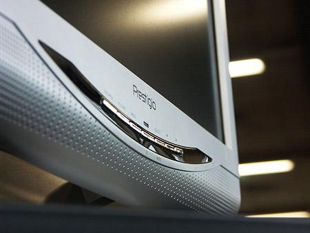 DID 2004: Prestigio LCD-scherm close-up