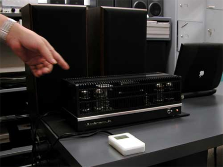 Oud & Nieuw / iPod verbonden met een buizenversterker