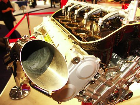 Photokina 2004: Ferrari @ Olympus stand