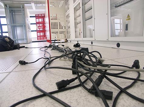 Redbus-verhuizing: Kabels op de grond