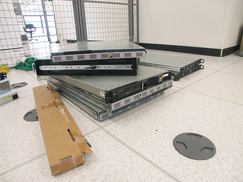 Redbus-verhuizing: Servers op de vloer