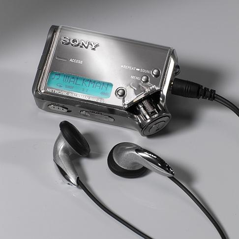 Sony NW-E99 (Network Walkman - flash)