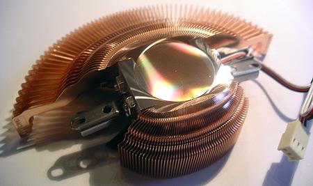 Zalman VF700-Cu VGA-koeler (onderkant)