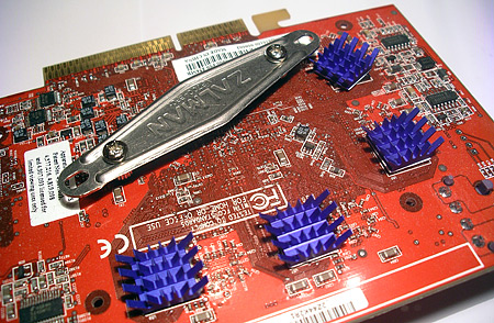 Zalman VF700-Cu VGA-koeler op videokaart