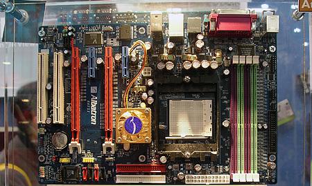 Albatron nForce4 SLI-moederbord