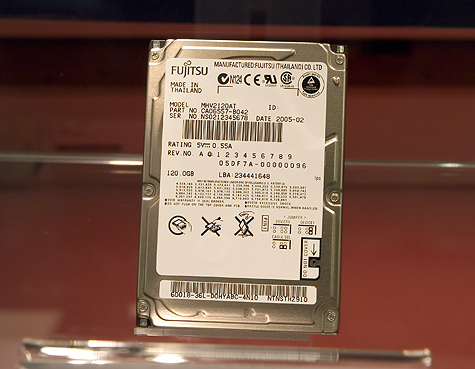 CeBIT 2005: Fujitsu MHV 2,5 inch notebookschijf