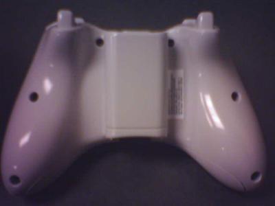 prototype Xbox2 controller? draadloos, onderkant