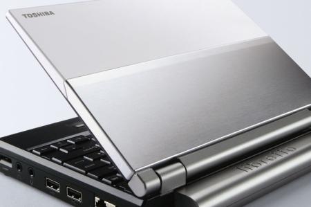 Toshiba Libretto U100 (van voren)