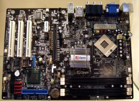 Aopen i915Ga-HFS Pentium M moederbord