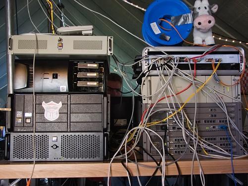 Campzone 2005 - T@C-servers