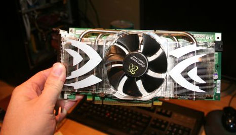 XFX GeForce 7800 met 512MB