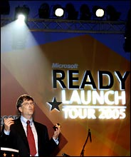 Bill Gates kondigt Code4Bill aan in Bangalore, India