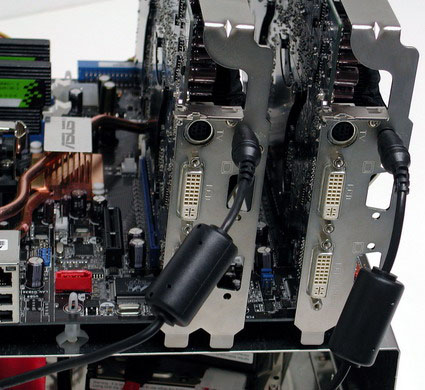 Twee stuks Asus Extreme GeForce 7800 GT Dual in bedrijf