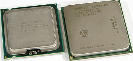 Intel Pentium 955 Extreme Edition (links) naast AMD Athlon 64 FX-60 (rechts)