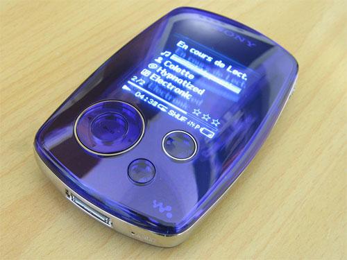 Sony Walkman NW-A3000 op tafel
