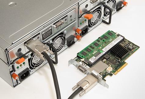 Dell PowerVault MD1000 SAS disk array - SAS-connector en PERC 5/E controller