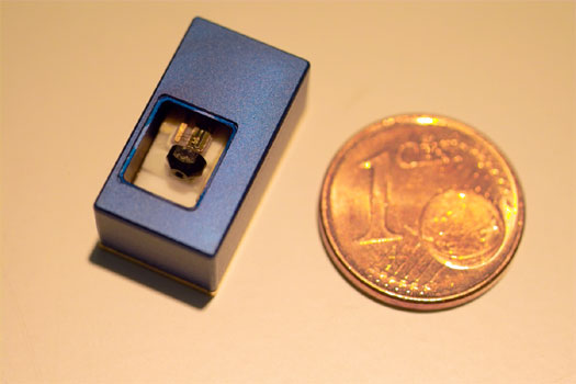 Laserprojecter van Fraunhofer op suikerklontformaat