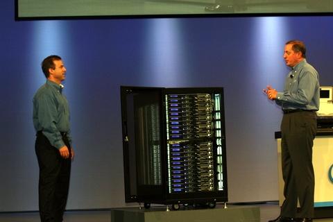 Clustertje van Rackable met 22 serverunits en 320 quadcore Xeons