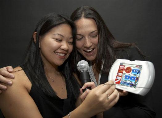 Draadloze karaokecontroller van IBM en Xing