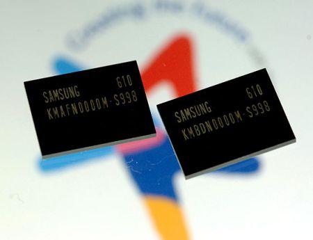 Samsung MoviNand flash