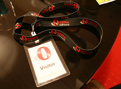 Opera badge