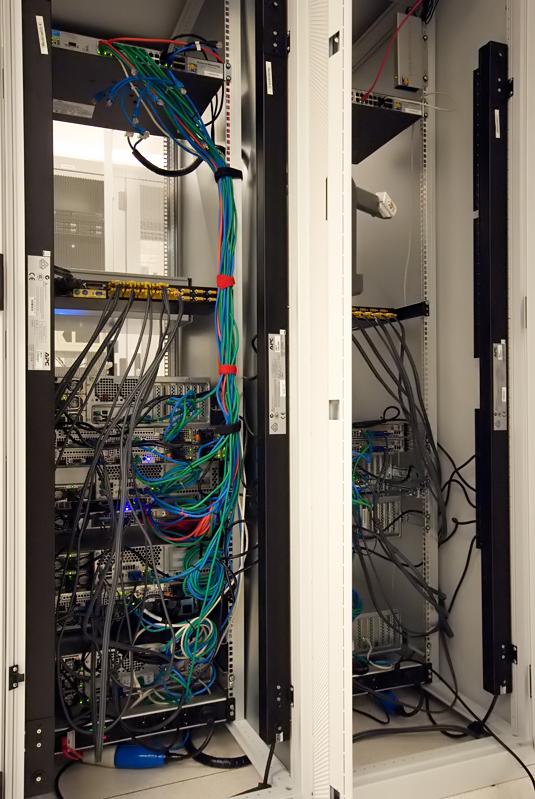 Serverhuizing 30 juni 2007: Achterzijde racks