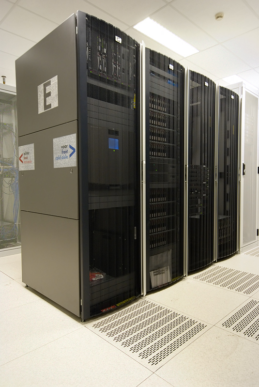 Serverhuizing 30 juni 2007: HP droomrack