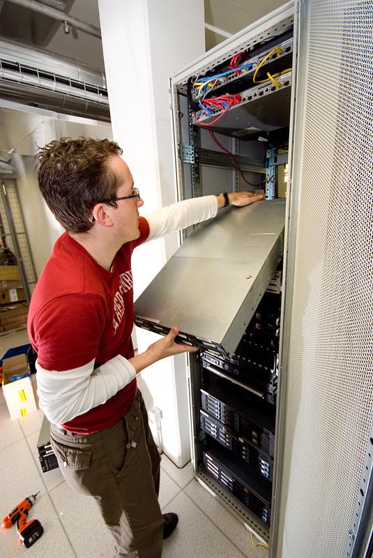 Serverhuizing 30 juni 2007: Eerste servers verwijderd uit Redbus