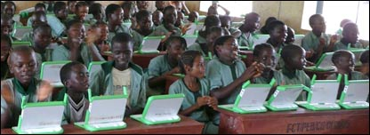 Kinderen in arme landen met XO-laptops