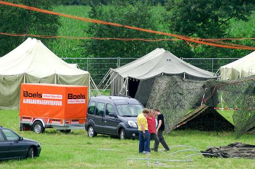 Campzone 2007 - fiber over de tenten