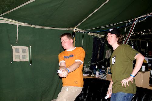 Campzone 2007 - honkbal spelen op de Wii