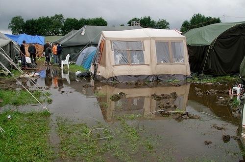 Campzone 2007 - tent in meer