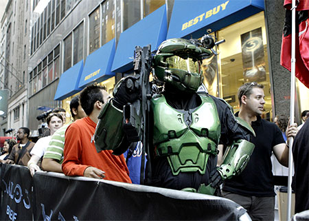 Halo 3 fan als Master Chief op launchdag