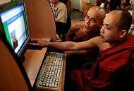 Myanmar monniken internet