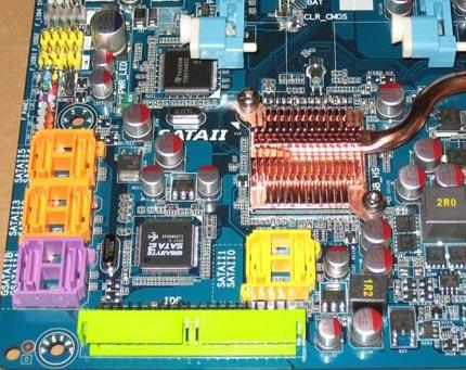 Heatsink op de southbridge van de Gigabyte GA-X38-DQ6