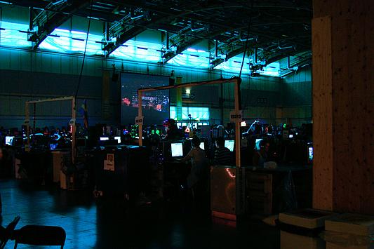 DreamHack 2007 - het scherm in hal B