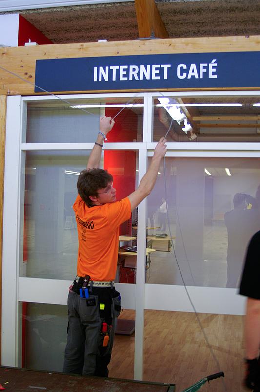 DreamHack 2007 - netwerkkabel voor de private room