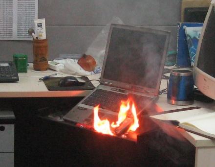 Dell-laptop in de brand