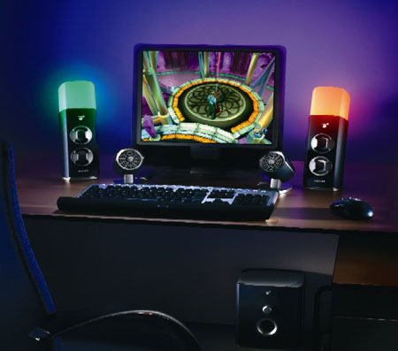 Een complete amBX set, met licht, vibratie, ventilatoren en surround sound