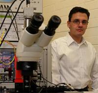 Stan Skafidas in zijn lab