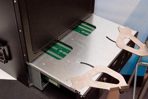 Cebit 2008: Tyan Flexblade blade (onderzijde chassis)