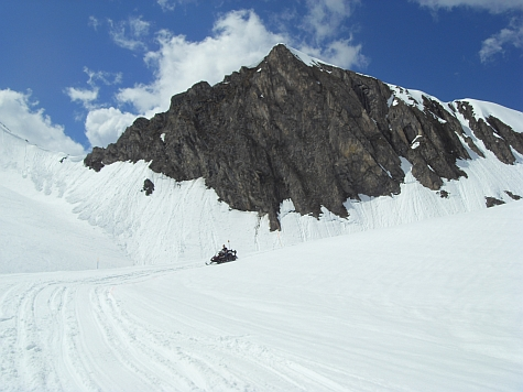Overklokwedstrijd redacteuren snowscooter