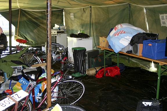 Campzone 2008 - Rommel in de T@C-tent
