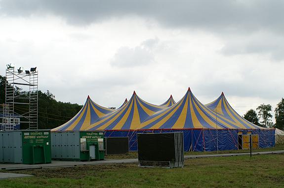 Campzone 2008 - De nieuwe maintent