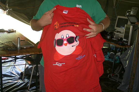 Campzone 2008 - Het shirt van de fieldadmins