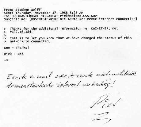 Mail waarin de aansluiting van Nederland op internet wordt bevestigd